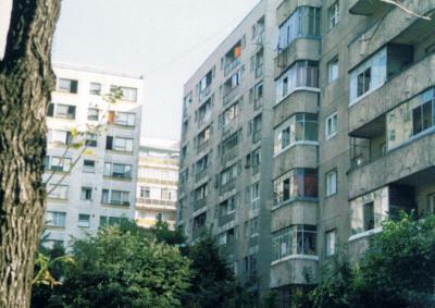 20080820122740-edificios-de-bucarest.jpg
