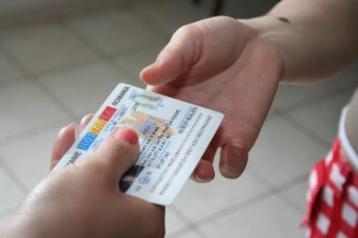 20080904160746-carnet-de-identidad.jpg