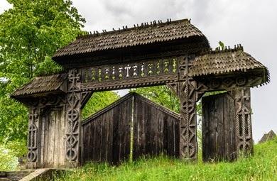 20210921210111-210921-puerta-de-maramures-i.jpg